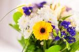 Vikiflowers flowers delivered uk