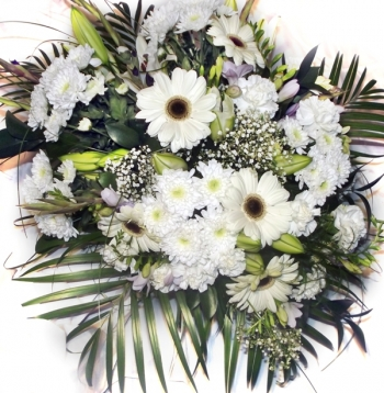 Vikiflowers send flowers uk Angel Wings Bouquet