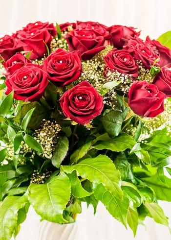 Vikiflowers order flowers online Aphrodite Bouquet