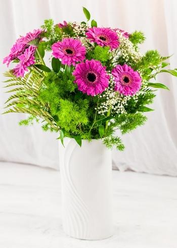 Vikiflowers flowers delivered uk Cerise Gerberas Bouquet