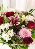 Vikiflowers flowers by post Pink Blush Bouquet