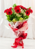 Vikiflowers flowers by post Red Gerberas Bouquet