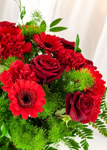 Vikiflowers flower bouquets Red Sea Bouquet