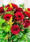 Vikiflowers flowers delivered uk True Love Bouquet